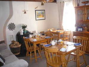 Breakfast room in Doolin Cottage